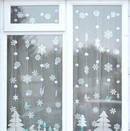 Снежные идеи: украшаем окна к новому году 2019