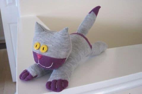 Котик-милашка: как сделать игрушку своими руками
