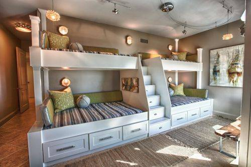 b2ap3_thumbnail_Great-Kids-House-Beds-Ideas-in-Kids-Beach-design-ideas-with-area-rug-artwork-bench-seat-bunk-beds.jpg