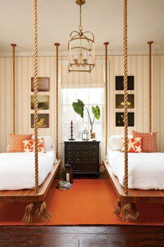 b2ap3_thumbnail_Marvelous-Kids-House-Beds-Ideas-in-Bedroom-Traditional-design-ideas-with-bed-boat-bed-hanging-bed-lantern-orange.jpg