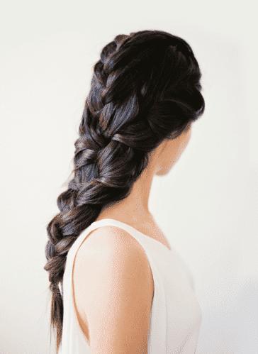 Красивая прическа для длинных волос за 5 минут
