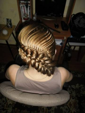 Красивая прическа из длинных волос