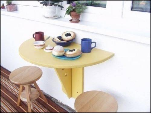 Удобный складной стол для балкона