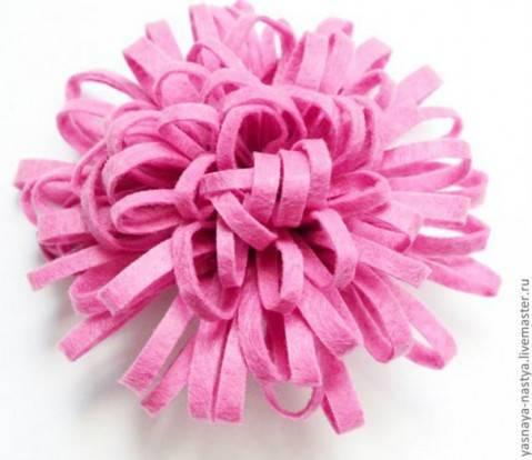 Цветок из фетра красиво и просто.