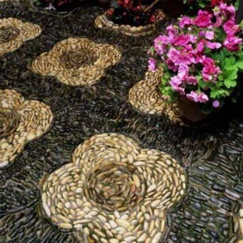 Мозаичная дорожка из камня