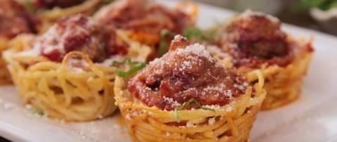 Оригинальный ужин из спагетти и фарша