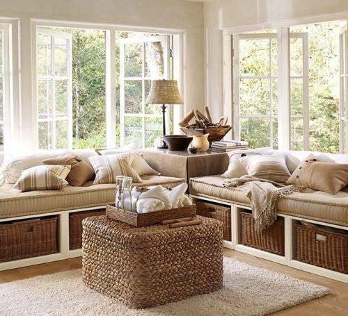 Функциональный диван можно сделать своими руками