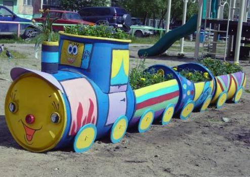 Клумба для детские площадки своими руками фото