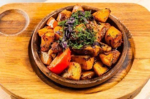 Вкуснейшее блюдо из грузинской кухни – «Оджахури» (рецепт)