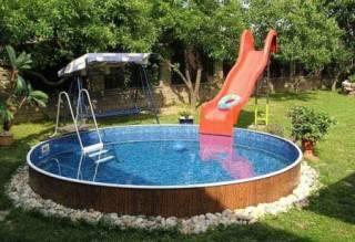 Шикарный вид: как построить бассейн на даче своими руками