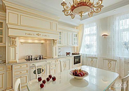 Элегантный и уютный интерьер кухни в белом цвете