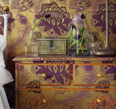 Как обновить старую мебель своими руками.