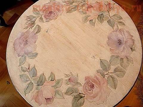 Украсить деревянную столешницу самостоятельно можно всего за пару часов
