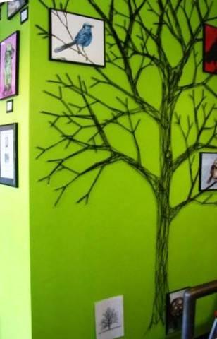 Декорируем стену деревом