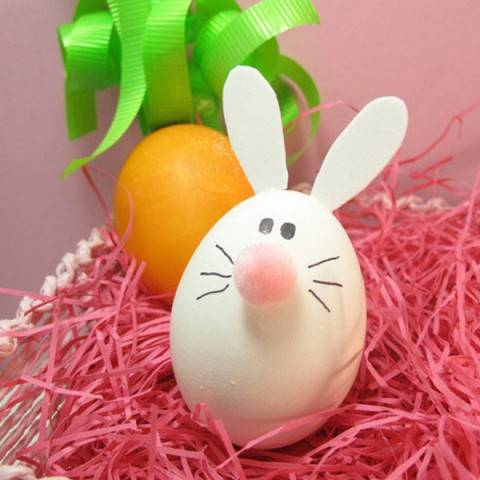 Готовимся к Пасхе: украшаем яйца с детьми