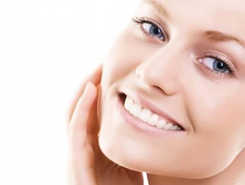 Три очень недорогих и действенных способа сохранить молодость кожи